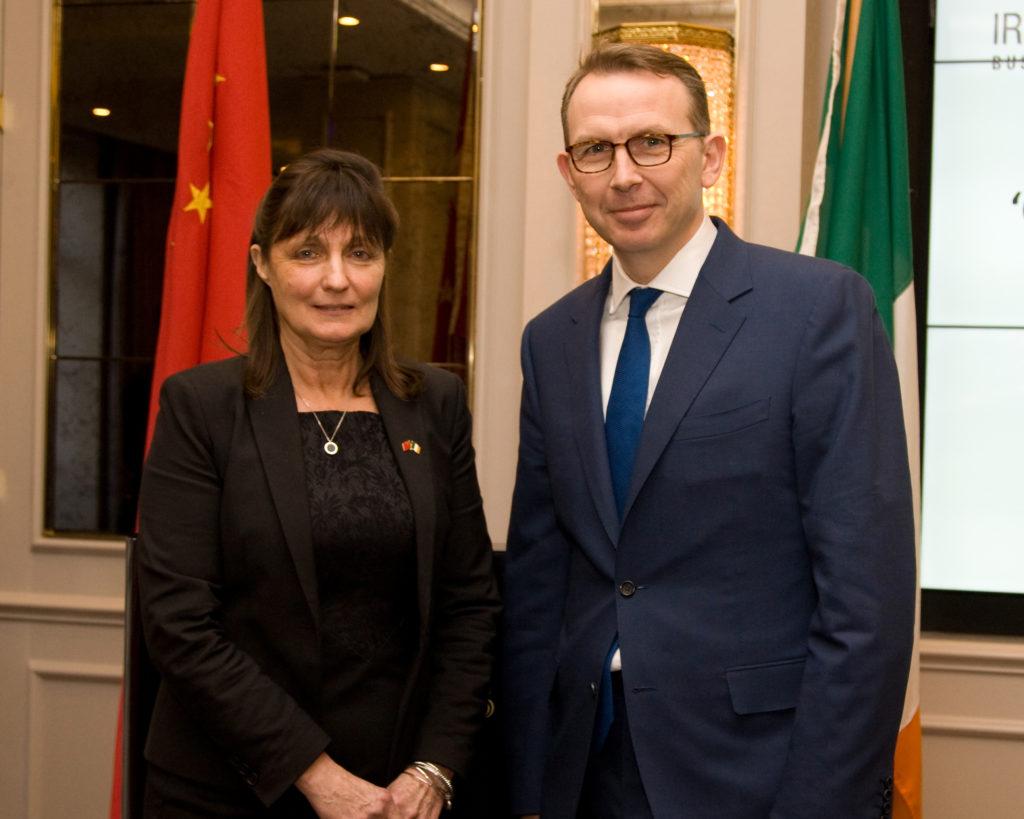 Ms Susan Barrett (Chairperson) and Mr John Higgins (Avolon)